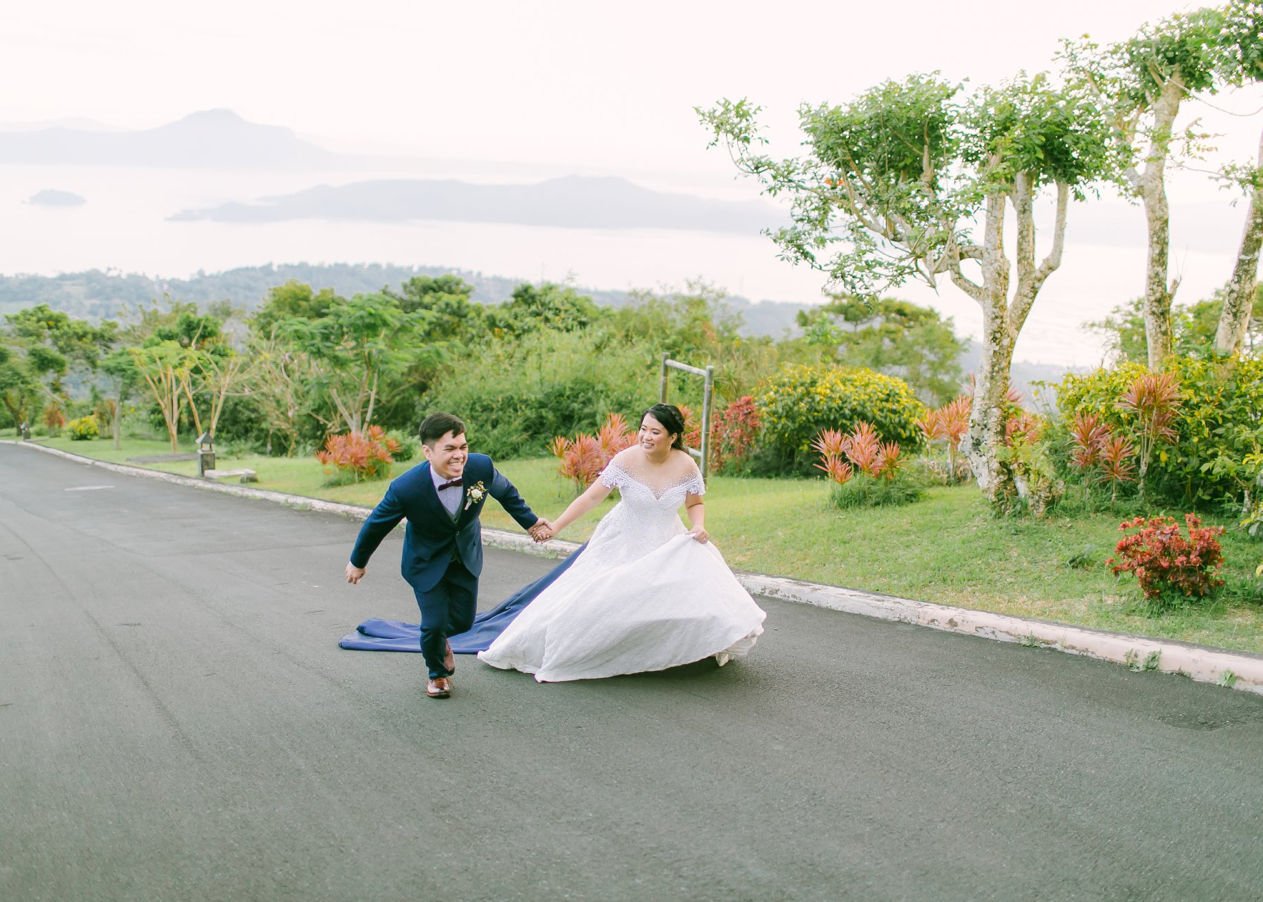 Tagaytay wedding venue balai taal offichallymorada for Tagaytay wedding venue